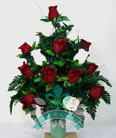 Beautiful Xl Beautiful Spring Red And White Roses Cemetery Flowers for a 3 Inch