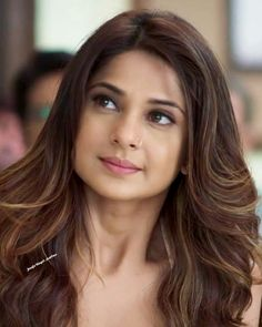 Bollywood Girls, Bollywood Actress, Hot Actresses, Indian Actresses, Jennifer Winget Beyhadh, Turkish Women Beautiful, Daily Hairstyles, Stylish Girl, Indian Beauty