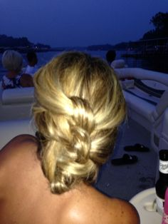 UPDO on the lake! Work& play