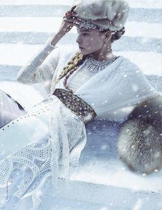 madeleine de la motte || thomas whiteside || tatler russia december 2011 || winter mood
