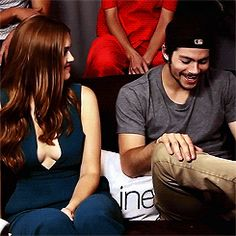Holland Roden and Dylan O´Brien gif