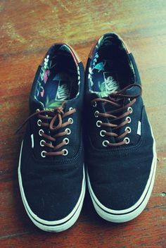 f7adf10c283 Vans Cute Shoes, Me Too Shoes, Awesome Shoes, Sock Shoes, Nike Sneakers