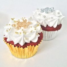 Gold and silver cupcake