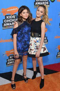Lizzy Greene Photos - (L-R) Addison Riecke and Lizzy Greene attend Nickelodeon's 2018 Kids' Choice Awards at The Forum on March 2018 in Inglewood, California. Nickelodeon Cast, Nickelodeon The Thundermans, Nickelodeon Girls, Kids Choice Award, Choice Awards, Young Celebrities, Celebs, Addison Riecke, Ella Anderson