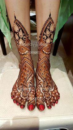 #hennadesign #indianbride #instahenna #bodyart #dulhan #mehendi #bridalmakeup #indianwedding #punjabiwedding #wedmegood #wedding #weddingsutra #destinationwedding #mehendidesign #mehendi2016 #tajmahal #peacock Latest Bridal Mehndi Designs, Wedding Mehndi Designs, Dulhan Mehndi Designs, Mehndi Design Images, Beautiful Mehndi Design, Latest Mehndi Designs, Mehndi Designs For Hands, Henna Designs, Leg Mehendi Design