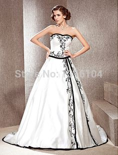 2017 New Black And White Two Tone Ball Gown Long With Train  Embroidery Satin Sweetheart Women Wedding Dress With Color