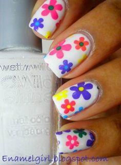 simple-spring-flower-nail-art.jpg 292×400 pixels