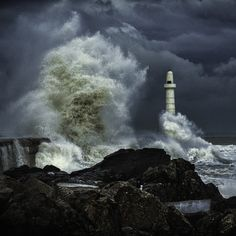 Lighthouse Drawing, Surf Room, Sea Storm, Huge Waves, Lighthouse Pictures, Rough Seas, Dark Winter, Crashing Waves, Water Tower