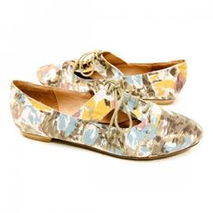 B.F.T. by Barefoot Tess 'Austria' Oxford (Brown Multi Flower)  Available in size: 12,13,14,15  Price:$49.00
