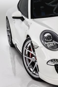 Drop Dead Gorgeous White Porsche. Win the ultimate #Porsche driving experience by clicking on the beautiful image.