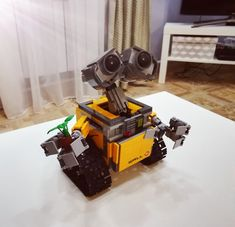 LEGO Ideas WALL-E 21303 Brand New /& Factory Sealed Retired// Discontinued Set
