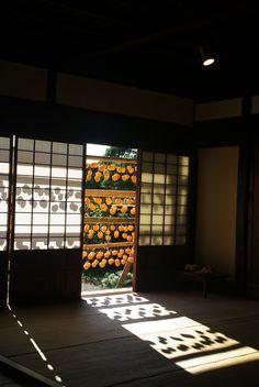 Japanese Shoji panels 障子 and persimmons drying