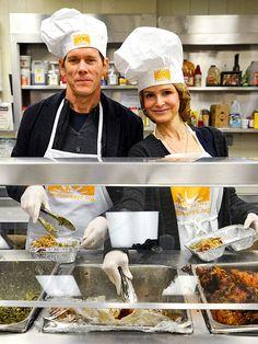 Kevin Bacon and Kyra Sedgwick Prepare 1,000 'Thanksgiving To-GoMeals'  © Laura Thompson / Retna Ltd.