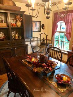 primitive homes daily crossword Primitive Dining Rooms, Country Dining Rooms, Primitive Homes, Primitive Kitchen, Country Furniture, Country Primitive, Country Decor, Primitive Crafts, Primitive Bedroom