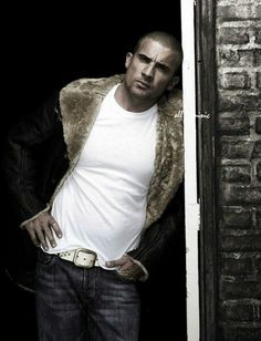 dominic purcell he's yummy ❤ Gorgeous Men, Beautiful People, Pretty People, Bulls On Parade, Sarah Wayne Callies, Dominic Purcell, Hooray For Hollywood, Prison Break, Celebs