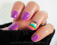 cute striped manicure