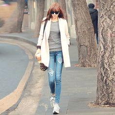 Cách mix giày thể thao nữ với trang phục tạo nhiều phong cách mới lạ cho phái đẹp ~ GIÀY TẬP GYM NỮ