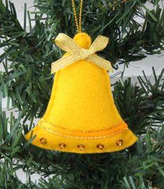 Décoration sapin de Noël à faire soi-même - ornements en feutre