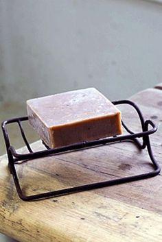 Vintage Metal Soap Dish - rust - £5.95 Rockett St George