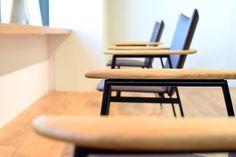 【大阪市 美容室 Three 様】 大阪市・北浜の美容院「Three」様へ、「yu-iron chair」×4脚を納品させていただきました。 #美容室の椅子 #おしゃれな椅子 #アイアンチェア #京都 #日本製  #chair #furniture #japan #kyoto #北欧インテリア #おしゃれなインテリア #おしゃれなチェア #おしゃれな家具 #つくりのいいもの #アイアン椅子 #美容院の椅子 #アイアン家具 #カットサロン家具  #北浜Three Wishbone Chair, Furniture, Home Decor, Interior Design, Home Interior Design, Arredamento, Home Decoration, Decoration Home, Interior Decorating
