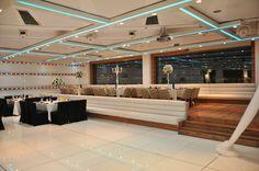 עולם חתונות אורכדיה בירושלים Conference Room, Weddings, Table, Furniture, Home Decor, Homemade Home Decor, Mariage, Meeting Rooms, Wedding