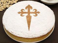 Tarta de Santiago - MisThermorecetas Sweet Recipes, Cake Recipes, Far Breton, Gluten Free Pastry, Sin Gluten, Cakes And More, Baked Goods, Cupcake Cakes, Cup Cakes