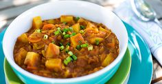 Curried Tomato Lentil Soup (Shorba Addis) – Forks Over Knives Veggie Recipes, Soup Recipes, Whole Food Recipes, Vegetarian Recipes, Healthy Recipes, Lentil Recipes, Lentil Stew, Lentil Curry, Curry Soup