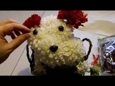 Let's make a Puppy Bouquet!  What's almost as cute as the real thing on Valentine's Day??  A puppy shaped flower bouquet.  It's very cute and will make any dog lover proud!