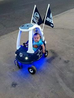 Dallas would look so cute driving this!