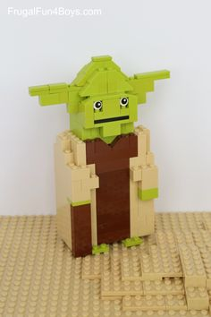 LEGO Star Wars Yoda Building Instructions - Step-by-Step. What a fun LEGO project idea.
