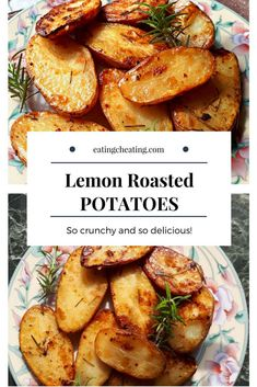 Do you know how easy is to make this lemon roasted potatoes as a side dish? Have you ever tried this easy lemon potatoes? This roasted potatoes are combined with lemon and rosemary. Check out the recipe and make them delicious and crispy! Potato Side Dishes, Side Dishes Easy, Vegetable Dishes, Side Dish Recipes, Greek Lemon Potatoes, Rosemary Roasted Potatoes, Vegetarian Recipes, Cooking Recipes, Chef Recipes