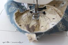 更に、マスク Sewing Hacks, Sewing Projects, Flu Mask, Couture, Health And Safety, My Bags, Fashion Bags, Diy And Crafts, Face