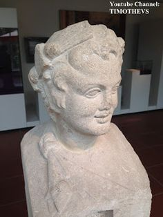 Roman bust of a satyr without horns, Rheinisches Landesmuseum, Trier (Germany) More on: https://www.youtube.com/watch?v=kNSBpblaNyY&list=PLabDxfGj6LIexV4a_OhT5kzqOE_nzgO1g&index=5