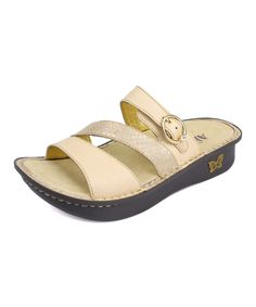 clarks arch support sandals