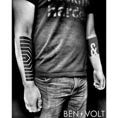 """1,086 Likes, 8 Comments - Ben Volt (@benvolt) on Instagram: """"Last one at #newyorkadorned. A linear intersecting #opart forearm piece inspired by the work of…"""""""