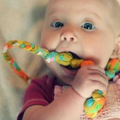 a tutorial on how to make Mom a necklace out of vintage sheets for her teething baby to chew on. I don't have any teething babies anymore, but this is a great idea.