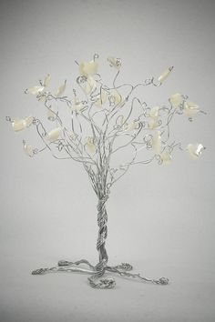 Items similar to Wedding Date Cake Topper Tree Custom Personalized Wire Sculpture on Etsy French Beaded Flowers, Wire Flowers, Twisted Tree, Wire Tree Sculpture, Wire Crafts, Easy Crafts, Wire Trees, Mini Plants, Flowering Trees