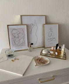 Room Ideas Bedroom, Bedroom Decor, Rooms Ideas, Teen Bedroom, Bedrooms, Vanity Decor, Aesthetic Room Decor, Cheap Home Decor, Home Decor Accessories