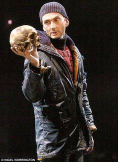 Hamlet/ Pop culture / Dr Who lesson all in one
