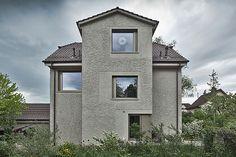 Umbau Wohnhaus / Phalt Architekten Rendered Houses, Aperture, Restaurant, Textured Walls, Old And New, Facade, Architecture Design, Modern, Contemporary