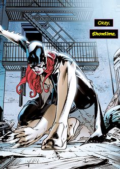 Batgirl #28 by Fernando Pasarin and Jonathan Glapion