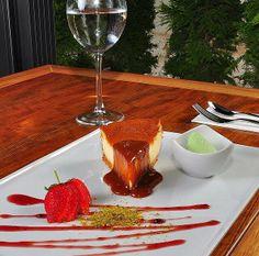 Bugün akşam üzeri güzel bir tatlı ziyafeti yapmaya ne dersiniz? #cheesecake