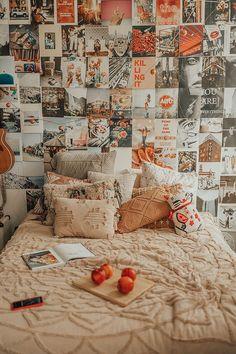 vintage room NYC Apartment - Keepin it Fresh Cute Room Ideas, Cute Room Decor, Indie Room Decor, Room Wall Decor, Room Art, Retro Room, Vintage Room, Bedroom Vintage, Vintage Dorm Decor