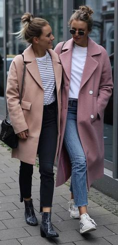 30 Stylish Fall Outfit Ideas You Should Try Inspiration mode automne Fashion Mode, Look Fashion, Fashion Outfits, Womens Fashion, Fashion Heels, Jackets Fashion, Feminine Fashion, Fashion Stores, Feminine Style