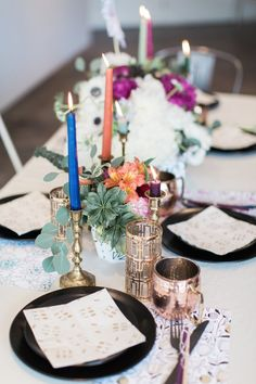 Colorful centerpiece with mismatched metallics