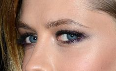The Eyeliner Picture Absolutely Everyone in the World—IN THE WORLD—Needs to See Today!: Girls in the Beauty Department