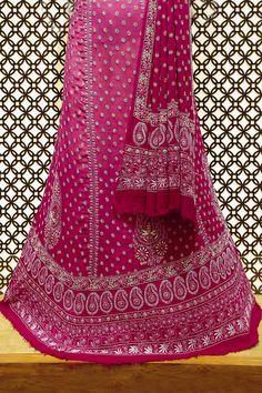Ada #handembroidered  #magenta #puregeorgette  Lucknowi #chikankari #lehenga  Set- A413935