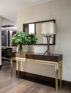 Console Table Styling, Narrow Console Table, Modern Console Tables, Console With Mirror, Console Table Living Room, Living Room Mirrors, Luxury Interior, Luxury Furniture, Home Decor