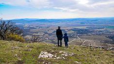 Egy óvodással indultunk a Pilis legnyugatibb hegyeinek felfedezésére, ahol az érdekes látnivalók mellett gyönyörű kilátóhelyekből sem volt hiány. Mountains, Nature, Travel, Naturaleza, Viajes, Destinations, Traveling, Trips, Nature Illustration