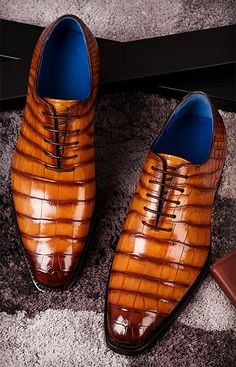 Genuine Alligator Leather Derby Shoes in Goodyear Welt for Men - Alligator Shoes and Crocodile Shoes for Sale - Shoes Simple Shoes, Formal Shoes For Men, Leather Dress Shoes, Suede Shoes, Mens Attire, Hot Shoes, Shoes Men, Men's Shoes, Mens Fashion Shoes